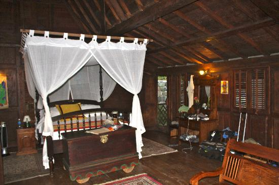 Tainos Cottages : the inside view of our cottage