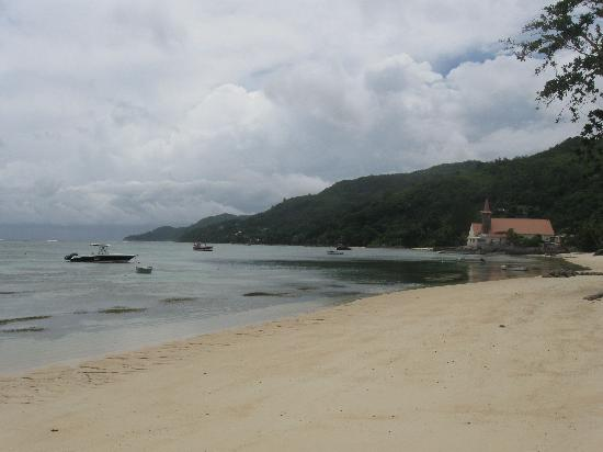 Fleur de Sel: The beach at the back of the villa