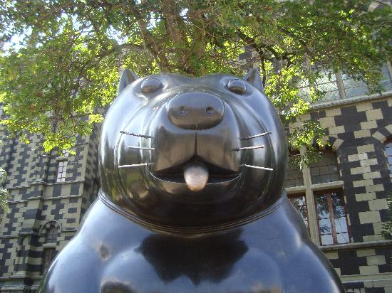 Medellin, Kolumbia: The Botero Dog