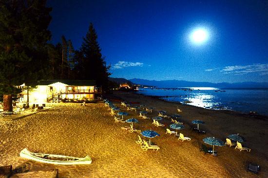 موريلاتوس ليكشور ريزورت: Stay on the Lake, enjoy your own private sandy beach and relax on the North Shore of Lake Tahoe