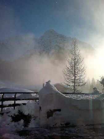 IFA Alpenhof Wildental Hotel: Blick vom restaurant auf die anagrenzenden Berge