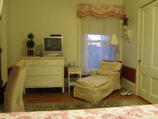 Silver Fountain Inn: Bellamy Room #3