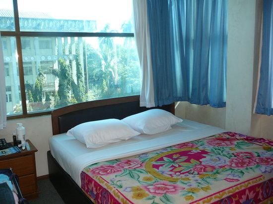 Sittwe, Myanmar: Our room.