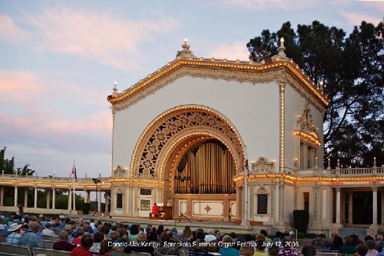 Spreckels Organ Pavilion: Organ Concert & Tour every Sunday @ 2pm