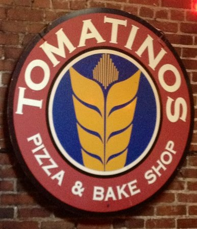 Tomatino's Pizza and Bake Shop: Great place!