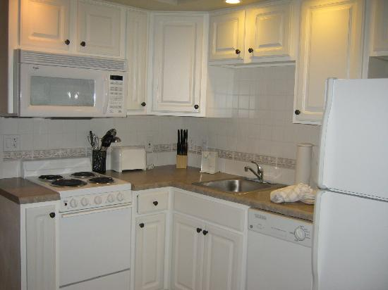 French Quarter Resort: Kitchen area, Dec 2011
