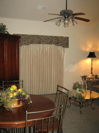 French Quarter Resort: Living area, Dec 2011