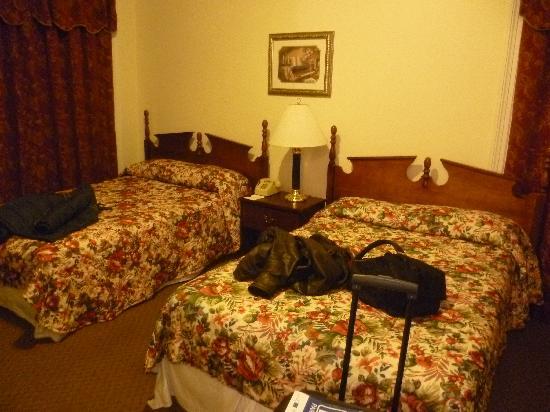 Imperial Court Hotel: Camera da letto.