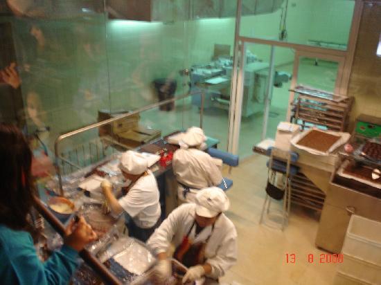 Fenoglio Museo del Chocolate: Fazendo o chocolate Fenoglio