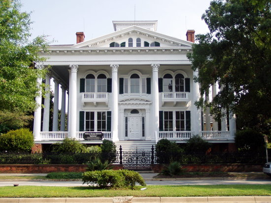 ‪Bellamy Mansion‬