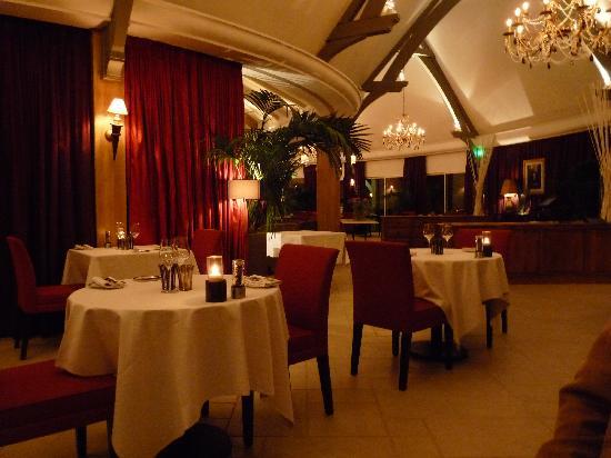 Les Manoirs de Tourgéville : Beautiful Restaurant
