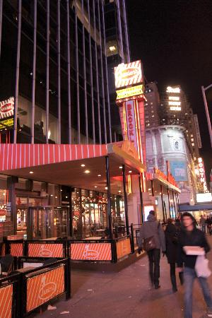 Juniors new york time square picture of junior 39 s new for What to do around times square