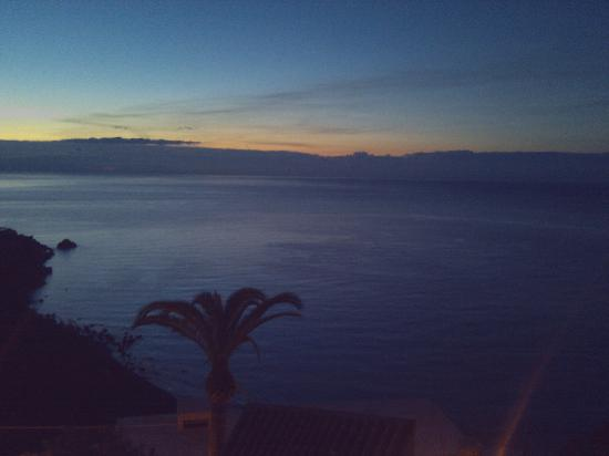 Meridiana Hotel Taormina: View from our hotel room at dawn - center
