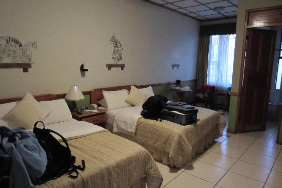 Adventure Inn: Room