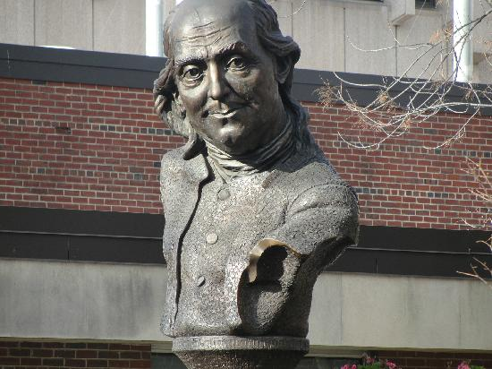 Free Tours by Foot : An affecting sculptural portrait of Benjamin Franklin who lived with his wife on Market Street