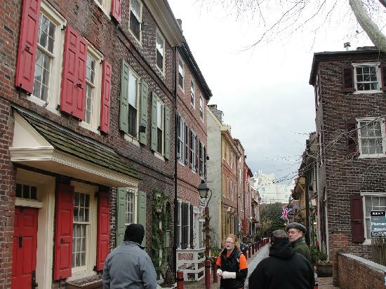 Free Tours by Foot: A typical, narrow colonial Philadelphia street, fully intact
