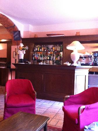 Hotel Centrale: Bar and sitting room