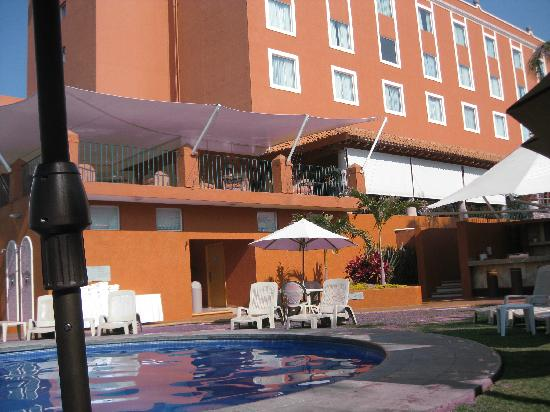 Fiesta Inn Cuernavaca : View from outside