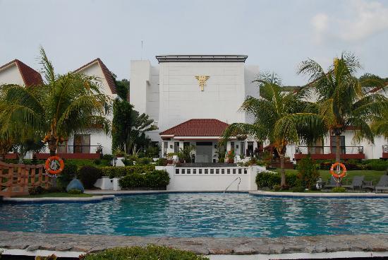 Thunderbird Resorts - Rizal: コメントを入力してください (必須)