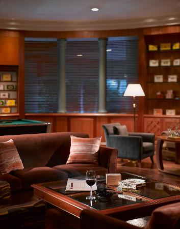 Pullman Kuala Lumpur City Centre Hotel And Residences: Fidel's Cigar Room