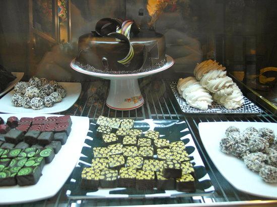 Khipus Artesanias Choco-Cafe