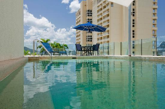 Park Regis City Quays : Outdoor Pool