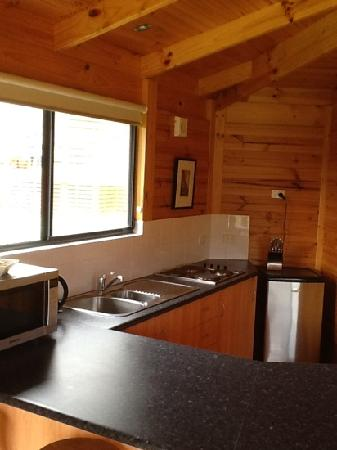 Little Norfolk Bay Events and Chalets: Kitchen unit 3