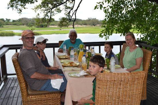 Shackelton's: lunch on the deck