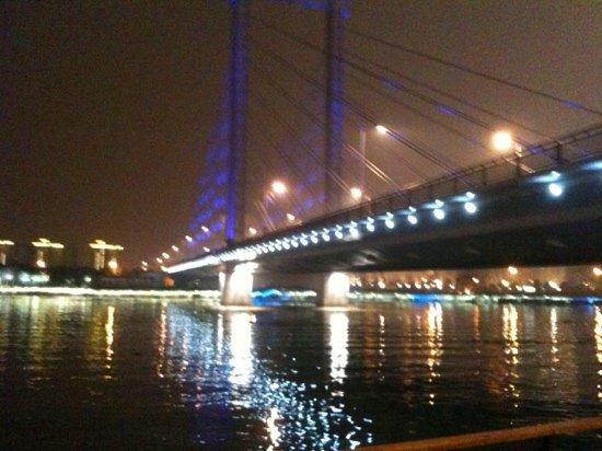 Ningbo Tongji Bridge : 寧波のバンドと言ってました