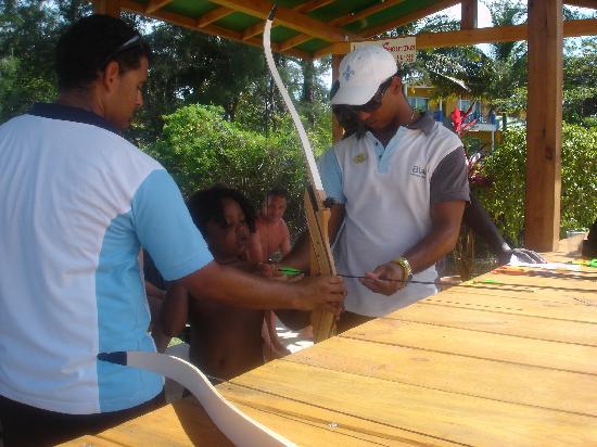 Blau Varadero Hotel Cuba: Blau staff helping my son have the time of his life!