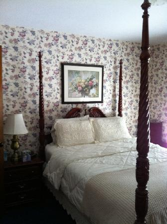 Main Street Bed and Breakfast: Queen Ann