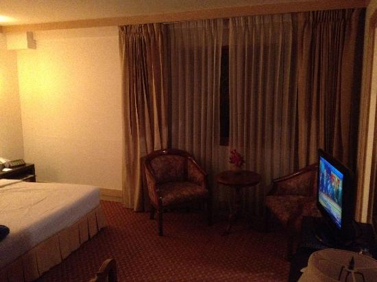 โรงแรม เดอะทานตะวัน สุรวงศ์ กรุงเทพ: Another deluxe room
