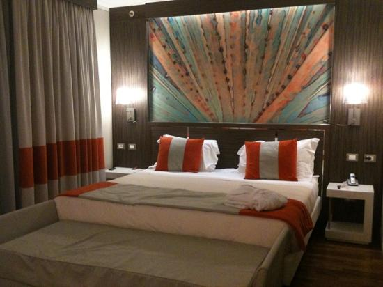 Letto king size - Picture of Ramada Plaza Milano, Milan - TripAdvisor