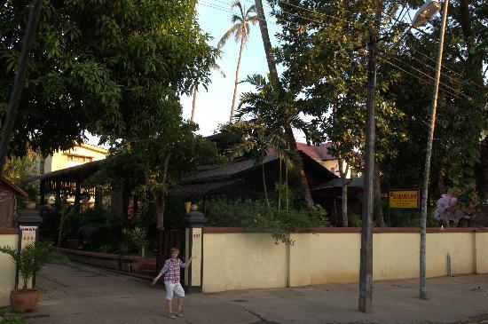 Alamanda Inn : L'hotel de l'exterieur