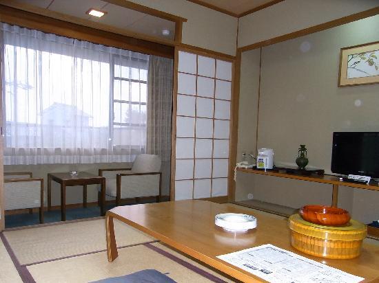 Hotel Wellness Yamatoji: 8帖トイレ付きのお部屋