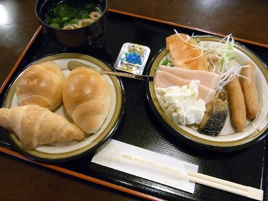 Hotel Wellness Yamatoji: 自分の食べた朝ご飯(バイキング)