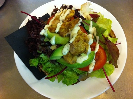 Letting: delicious chicken sandwich
