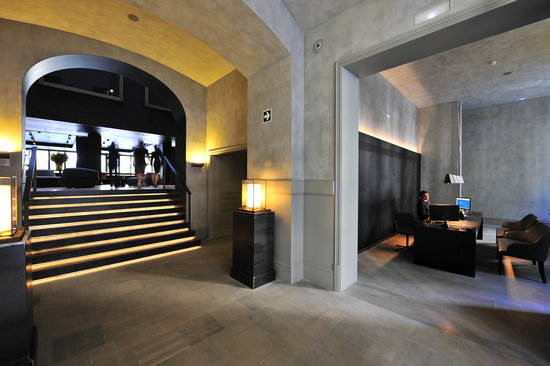Alma Barcelona: Reception