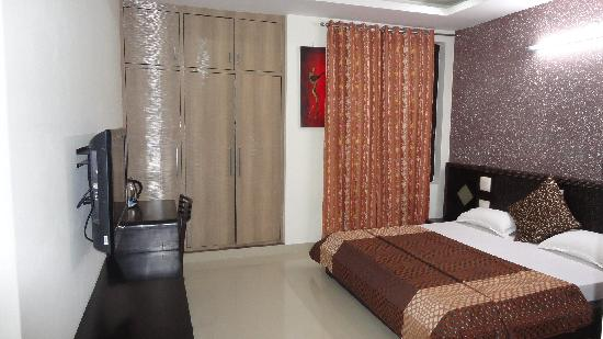 Hotel Grace: Deluxe Rooms
