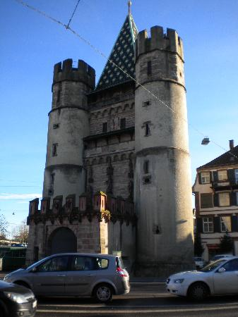 Spalentor (Stadttor): imposing edifice - the city walls are gone; the gate stands strong