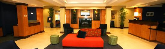 Fairfield Inn Liberty: Lobby