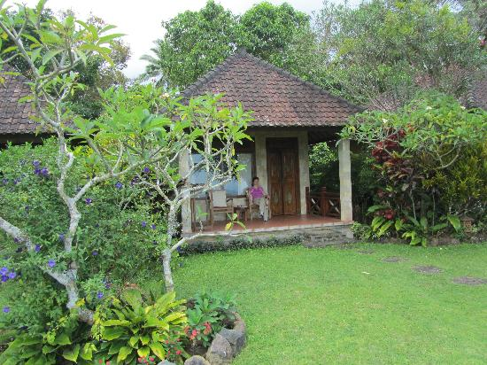 Geria Semalung Bungalow : small separate units