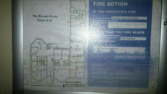 YHA London Earl's Court: Unreadable fire safety poster