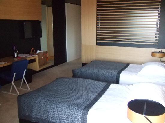Hotel Lone: room1