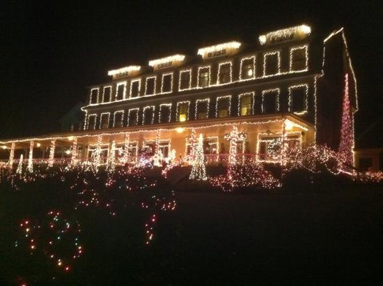The Inn on Newfound Lake at Christmas