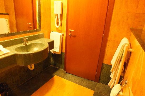 Appia Park Hotel: Cuarto de baño