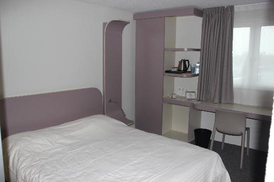 Kyriad Deauville - Saint Arnoult : La chambre