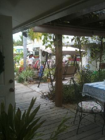 Mango Street Inn courtyard