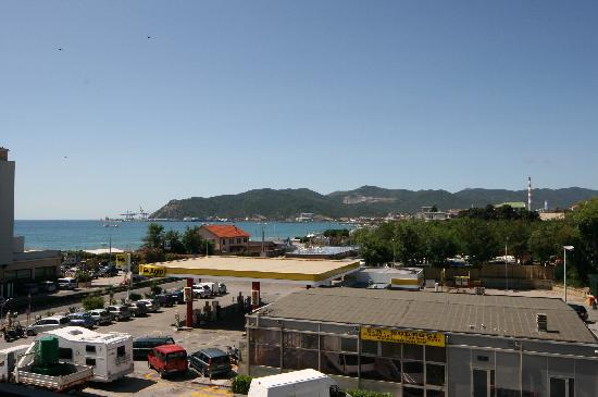 B&B Hotel Savona: View from the room