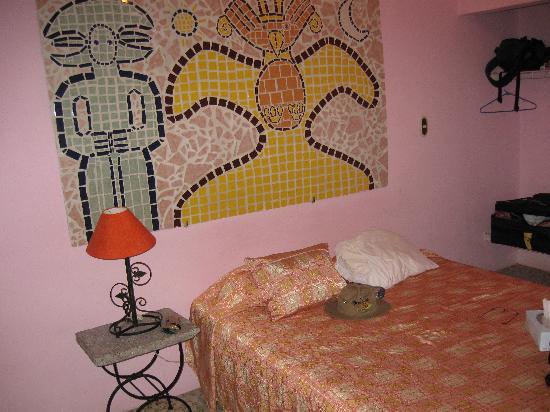 Hotel Kekoldi Granada: very comfortable bed